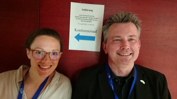 Kristina Wilms und Uwe Hauck sind glücklich über den Erfolg ihrer Petition